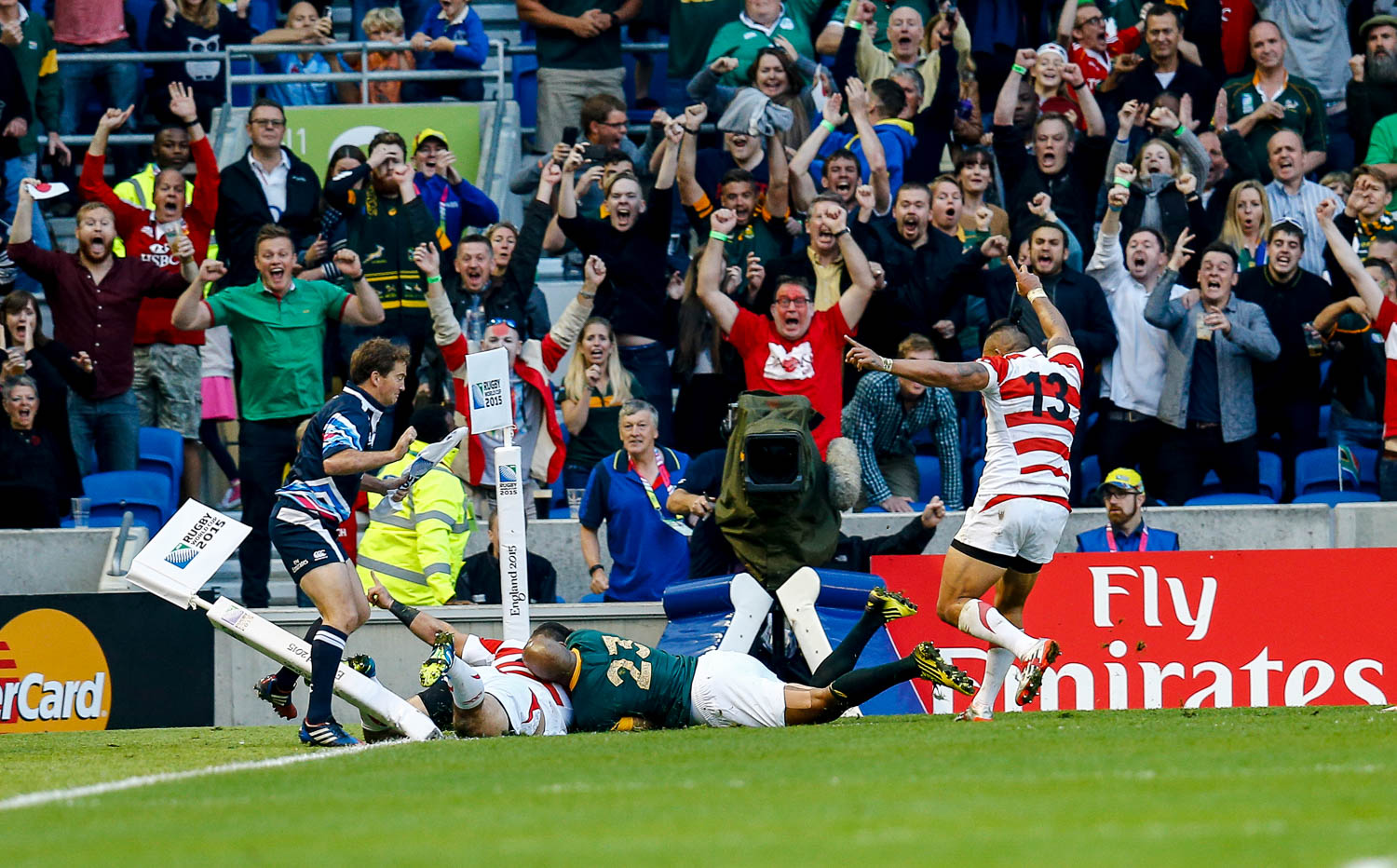 Rugby World Cup, England 2015 - Japan score the final try to notch up an historic victory against South Africa. Rugby World Cup group game from Pool B between South Africa and Japan. at Brighton Community Stadium. (c) Matt Bristow | SportPix.org.uk